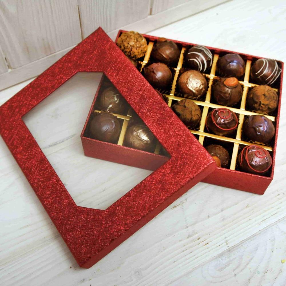 """Подарочный набор конфет """"Красный"""""""